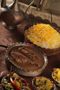 badenjan 200x300 - انواع غذاهایی که میشه با گردو تهیه کرد